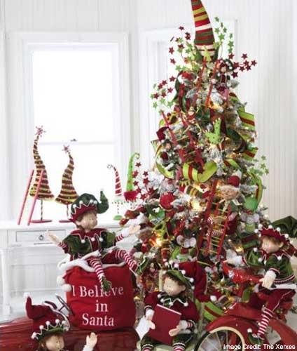 Santa Elves Tree