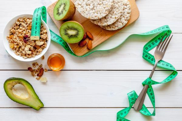 healthy diet can reduce the appearance of hormonal acne