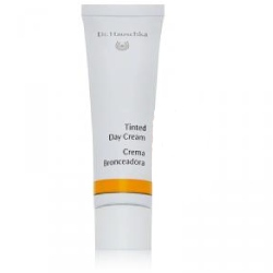 Dr. Hauschka Tinted Day Cream Review
