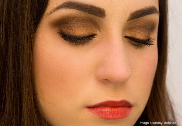 Thanksgiving Soft Metallic Smokey Eye Makeup