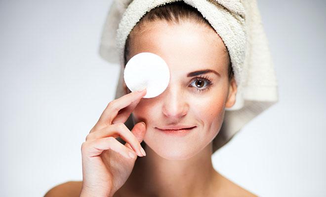 Eshee Alpha And Omeg Eye Cream