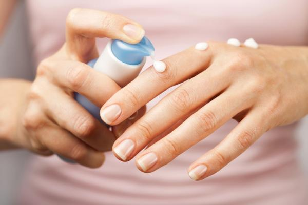 Moisturize frequently to avoid wind chapped hands