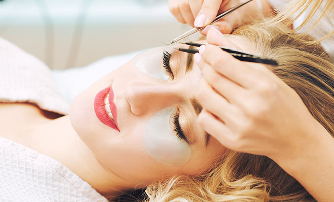 eyelash-extension-aftercare