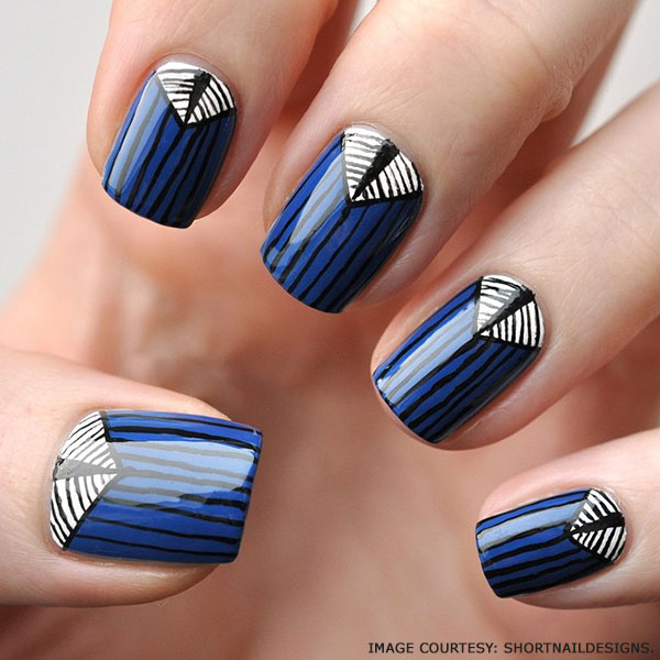 blue-psychedelic-dots-nails-designs